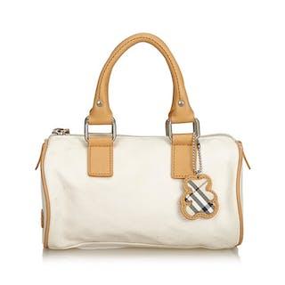 43ed62e54c855 Burberry Boston Bag – Current sales – Barnebys.co.uk