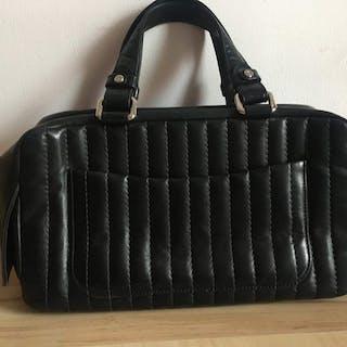 f90b4ef4d5fb Chanel Handbag – Current sales – Barnebys.com