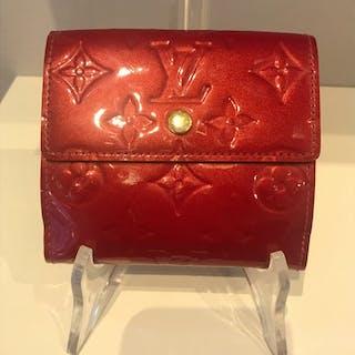 Louis Vuitton Wallet – Current sales – Barnebys.co.uk b5a4e6dd6fd