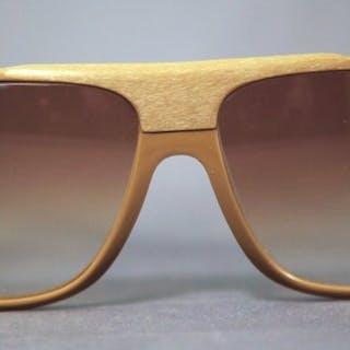 dfe3f175a63 Logo Paris - Special Ski Sunglasses – Current sales – Barnebys.com