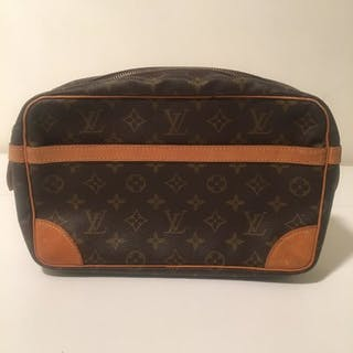 Handbags – Auction – All auctions on Barnebys.com dc1dbfea708b1