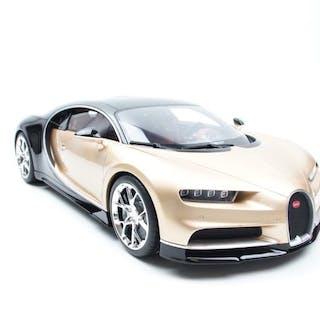 Kyosho - 1:12 - Bugatti - Chiron Gold / Black