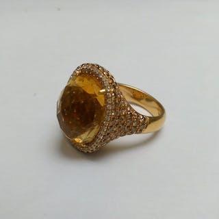 Centoventuno - 18 kt. Yellow gold - Ring Citrine - Diamonds