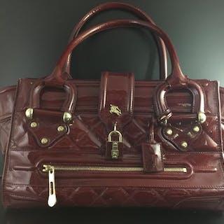 7cf2d0b3dc5c Burberry Shoulder bag – Current sales – Barnebys.com