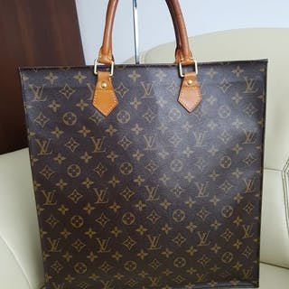 f4b5010d4f25 Louis Vuitton - Sac Plat Monogram Canvas Handbag – Current sales ...