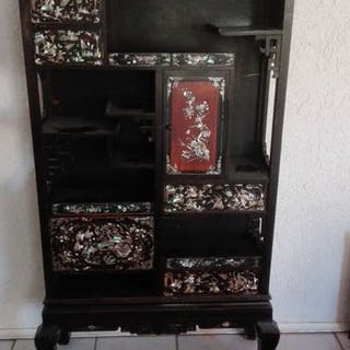 Kabinett (1) - Holz, Perlmutt - China/ Vietnam - Circa 1900