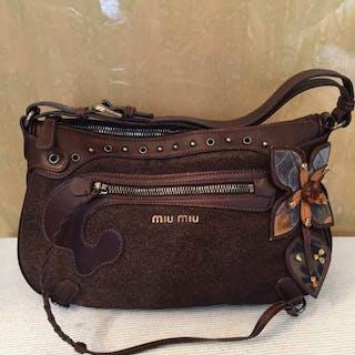 32825a42fbff Miu Miu Shoulder bag – Current sales – Barnebys.co.uk