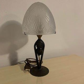 Daum - Lampada da tavolo