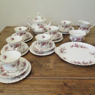Royal Albert - Lavender Rose - Tea service (22) - Bone China