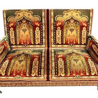 Banquette avec une tapisserie orientaliste - Style Napoléon III
