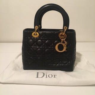 6219dd31342 Dior vintage – Auktion – Alla auktioner på Barnebys.se