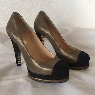 198b41d88cd4 Chanel shoes – Auction – All auctions on Barnebys.com
