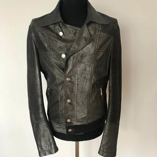 6cea70d32be0 Versace Jeans Couture - Leather jacket – Current sales – Barnebys.com