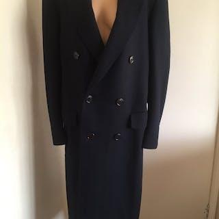 Louis Vuitton - Batignolles Shoulder bag – Current sales – Barnebys ... 6524fac167e