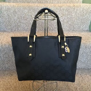 Gucci bag – Auction – All auctions on Barnebys.co.uk 783cee41c357