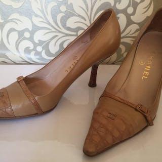 2a3b42bf72e Chanel shoes – Current sales – Barnebys.com