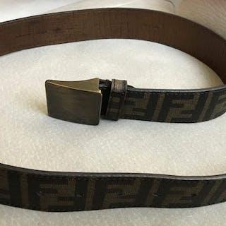 ed56025ca991 Fendi Belt – Current sales – Barnebys.com