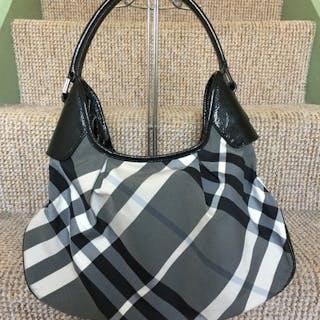 96aa66552fd9 Burberry - Brooklyn HoboShopper bag – Current sales – Barnebys.com