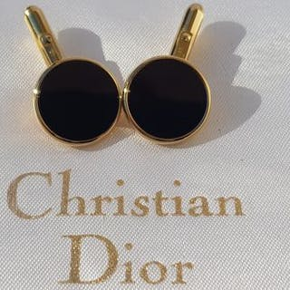 ad5a82cc6436 Gold-plated - Christian Dior gentlemen's cuff links – Current sales –  Barnebys.com
