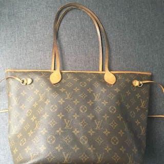 96ca8bc76a9e Louis vuitton bag – Auction – All auctions on Barnebys.com