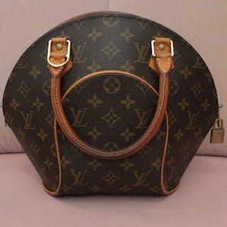 3fb2774e4ecb Louis Vuitton - Ellipse Handbag – Current sales – Barnebys.com