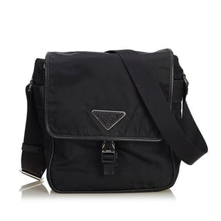 31f485bb9524 Prada Shoulder Bag – Current sales – Barnebys.com