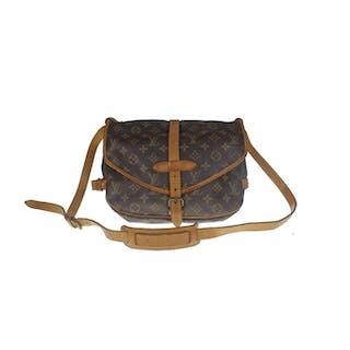 30757bf7c6a2 Louis Vuitton - Monogram Saumur 30 Crossbody bag – Current sales –  Barnebys.com