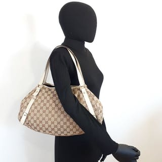 7d3bd743022 Gucci bag – Auction – All auctions on Barnebys.com
