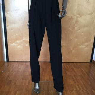 baeacd8da1e3 Chanel - Trousers – Current sales – Barnebys.co.uk
