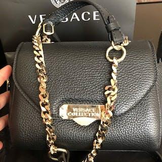 07b426a7c30 Versace Shoulder bag – Current sales – Barnebys.com