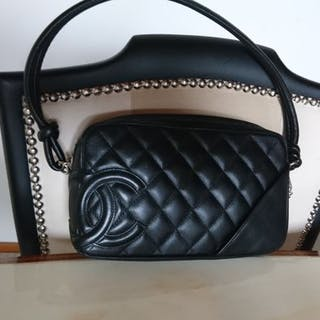 dbf90ae4327fd Chanel Handbag – Current sales – Barnebys.co.uk