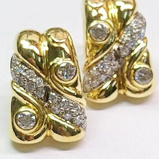 Maurice Lacroix - 18 kt. Gold - Earrings Diamond