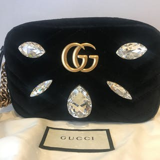 83a2e39a4f0a1 Gucci - Velvet Marmot Limited edition Crossbody bag – Current sales –  Barnebys.com