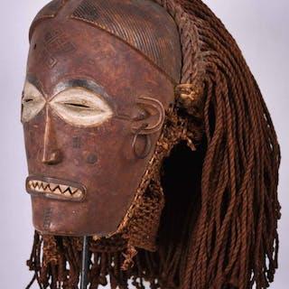 Maschera - Legno - Mwana Pwo - Chokwe - Repubblica Democratica del Congo