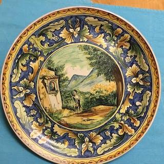 Grande piatto istoriato - Maiolica