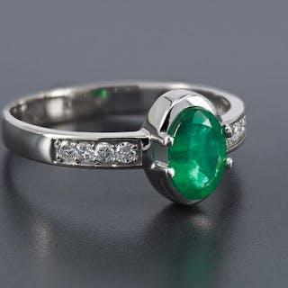 b367b59cdf365 14 kt. White gold - Ring - 1.00 ct Emerald - Diamonds – Current ...