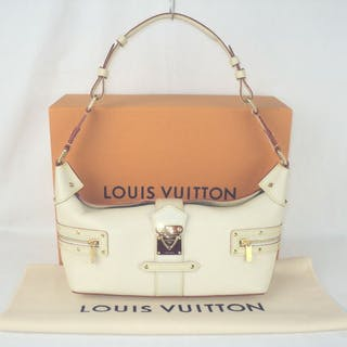 6f39a268c90 Louis Vuitton - Suhali Leather L'impetueux Shoulder Hand Bag
