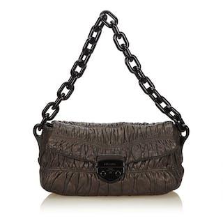91b0193cbbca Prada Shoulder bag – Current sales – Barnebys.com