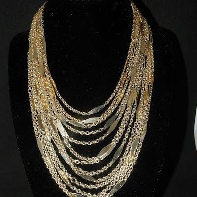 Vintage Monet 1960 70 S Gold Plated Necklace Barnebys