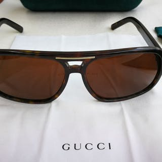 8c34e38fa89 Gucci – Asta – Tutte le aste su Barnebys.it