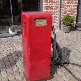 Gas pump - Gasboy pump - by Wilson, Pennsylvania USA - 1950