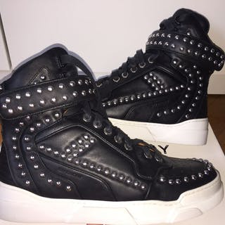 Givenchy - Tyson Studded sneakers Sneakers - Size: IT 37, IT 37.5, IT 38