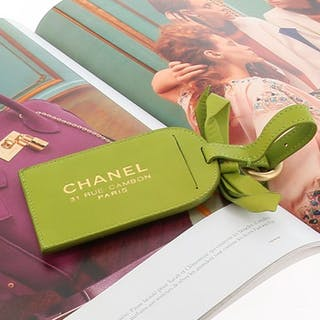 c087abd128a0 Chanel luggage tag – Current sales – Barnebys.co.uk