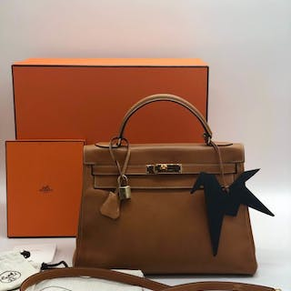 a5cbfedc14d1 沒多長時間了! Hermès - Kelly 32 cm cuir courchevel gold Crossbody bag