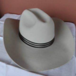 87dc9627a Borsalino - Mister Hat – Current sales – Barnebys.com