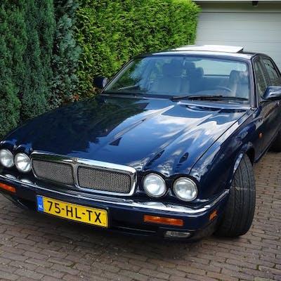 Jaguar - XJR 4.0 R Supercharged - 1995