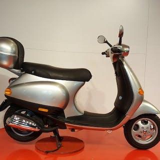 Piaggio - Vespa ET2 - zilver - 50 cc - 1996