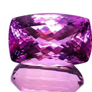 Pink Kunzite - 137.36 ct