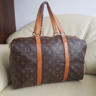 9ced2479ad5cc Louis Vuitton Handbag – Current sales – Barnebys.com