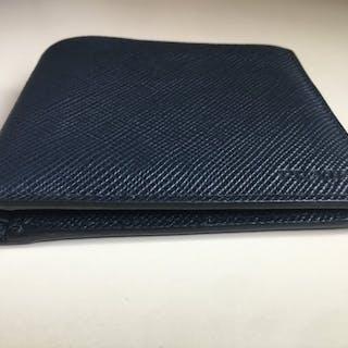 ff5d497a41ba Wallet – 拍賣– Barnebys.hk上的所有拍賣